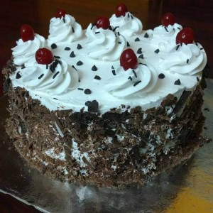 Smitha's Cake Hive Black forest pastry