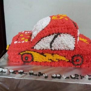 Smitha's Cake Hive Lightening McQueen