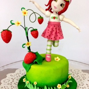 Mummalicious Strawberry Cake