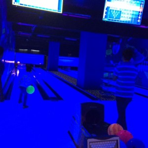 Smaaash_Gaming_Zone_Twilight_bowling