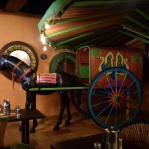 Kid_Friendly_Restaurant_Village_01