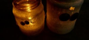 DIY Halloween Decorations: Ghost tea light candle holder