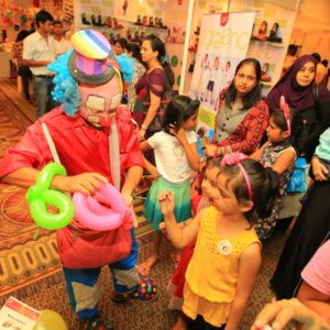 Kids Entertainer at Candy Bazar