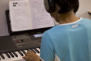 Student learning Keyboard at Trill Route Music Academy