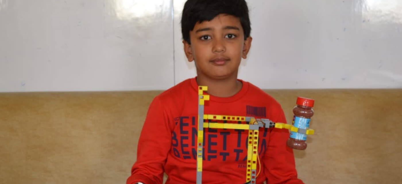 Meet Swarit Acharya, the robotics enthusiast who built an automated fish feeder Cover Image