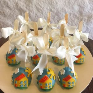 Peppa Pig Theme Cake Pops