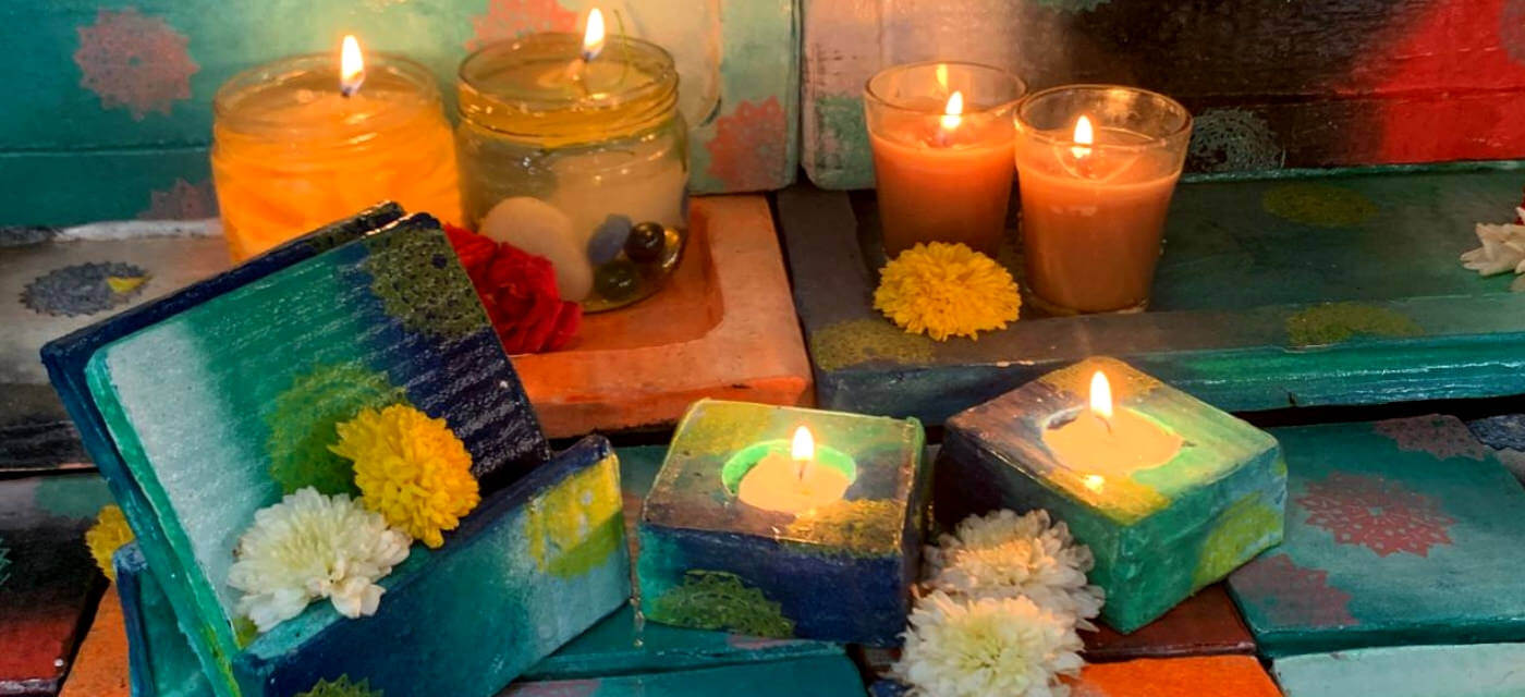 Light Up your Diwali with these Beautiful DIY Candles Cover Image
