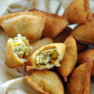 Corn & Paneer Baked Samosa Recipe