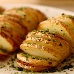 Hasselback Potato monsoon snack